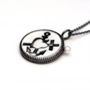 Anhänger »Glaube, Liebe, Hoffnung«, in Schwarz
